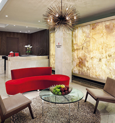 Flagship Red Door SPA a New York